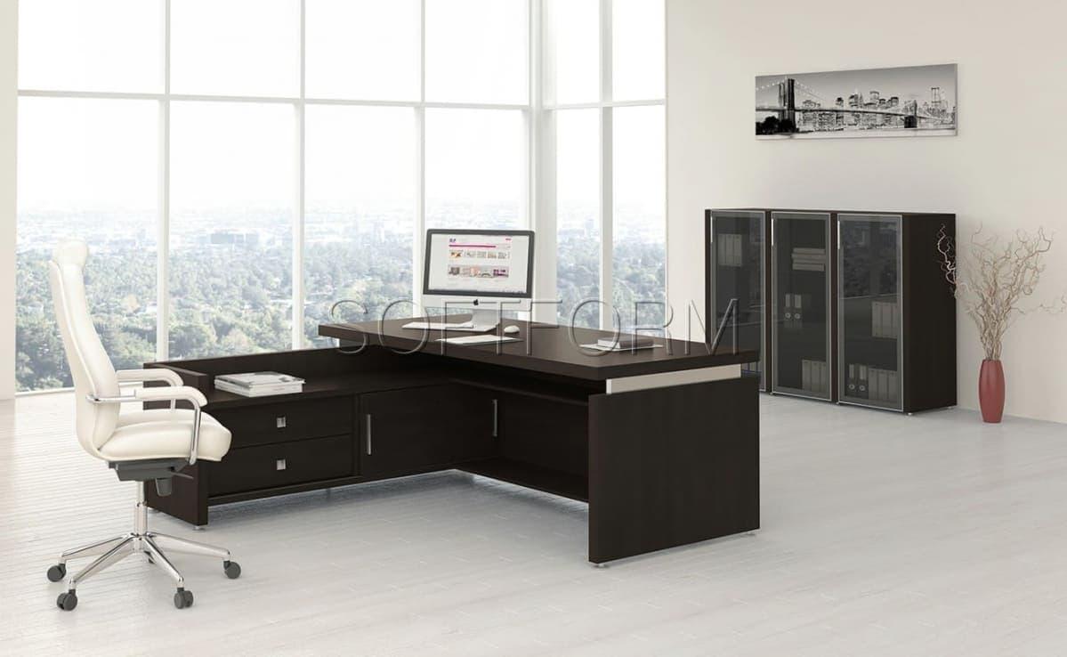 Коллекция офисной мебели для руководителей Соренто